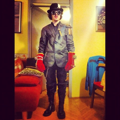 Full costume