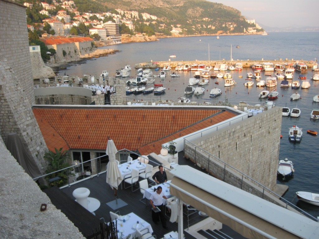 Want a romantic dinner? Dubrovnik is your man
