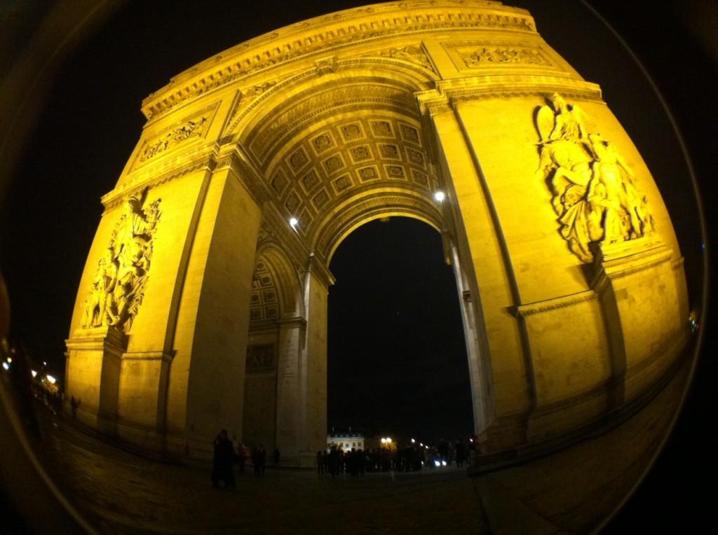 Arc de Triomph in the evening